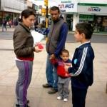 Los Niños del Instituto Nueva Generacion salieron a compartir de la Biblia.